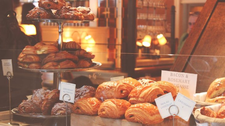 行列のできる店のパンをお得にゲット!売れ残りを全国から取り寄せられるサービスが話題に